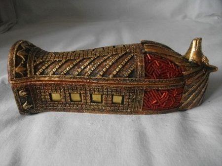 Egyiptomi szarkofág ékszertartó